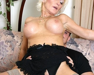 Kinky MILF fucking and sucking hard